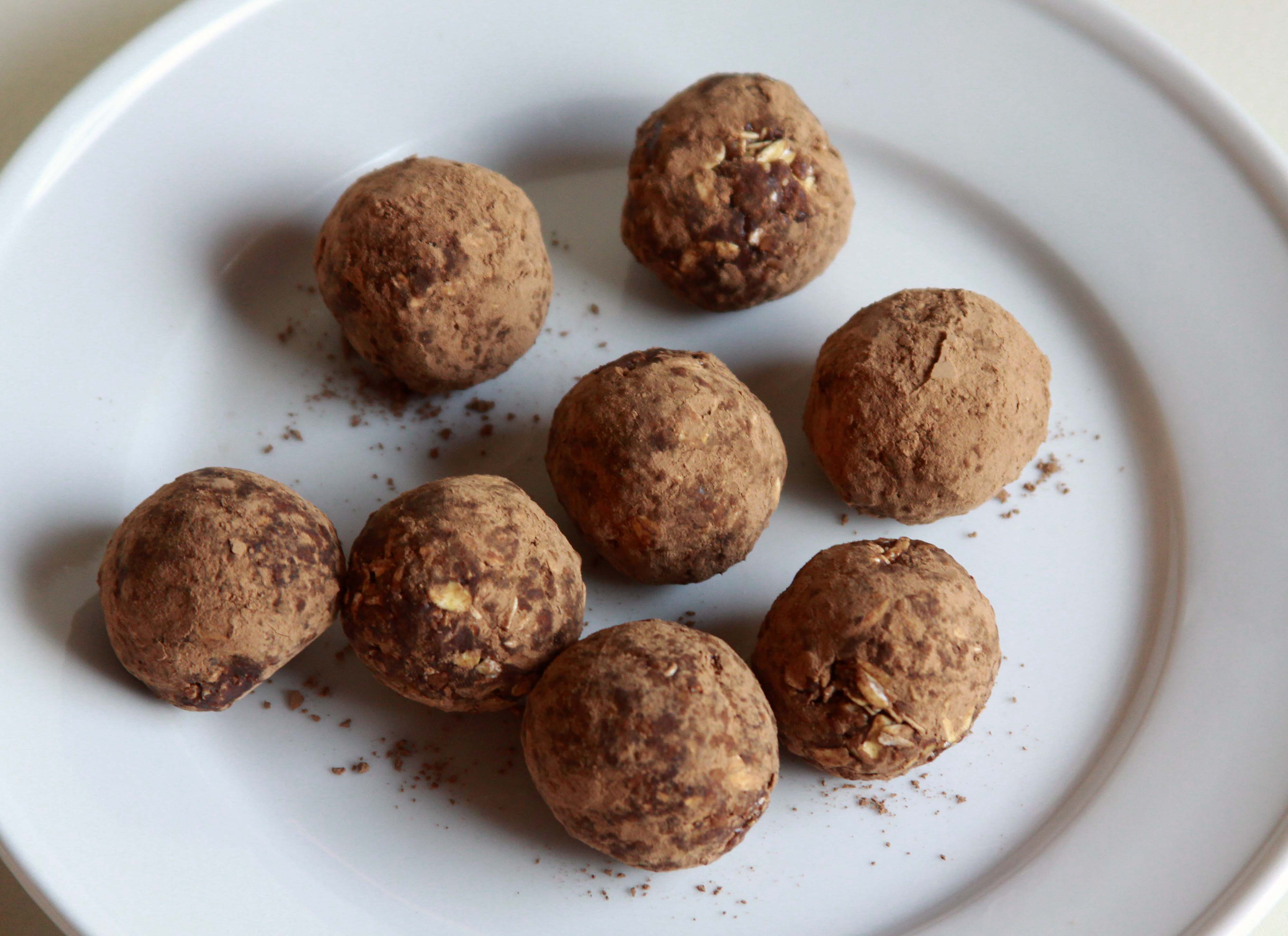 Raw Chocolate Truffles | Espresso and Cream