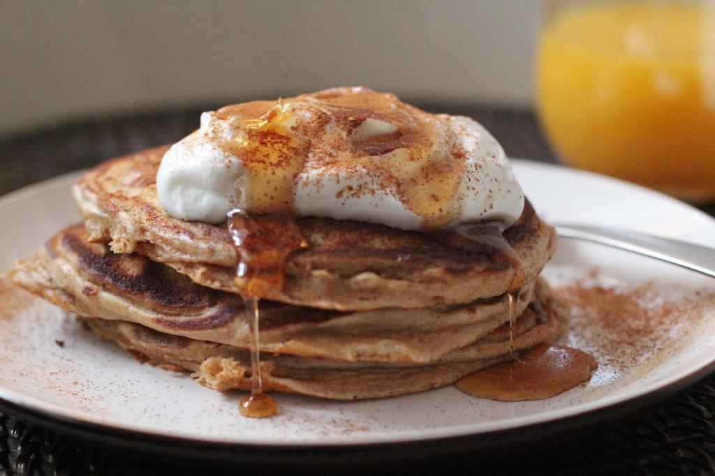Cho_Pancakes_Syrup