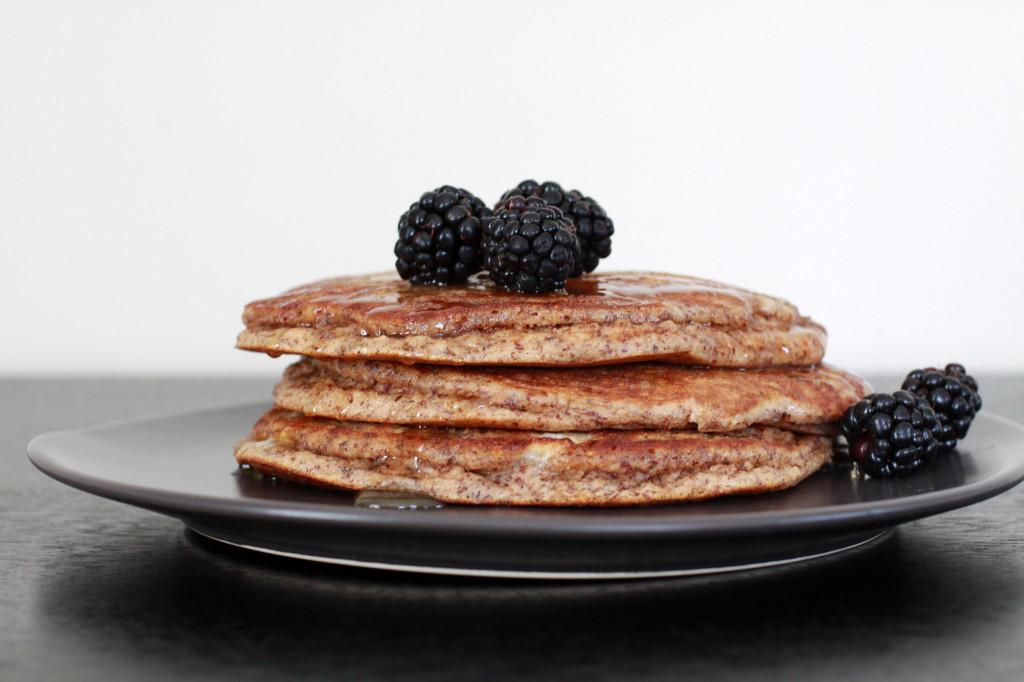 Almond_Flour_Pancakes_2