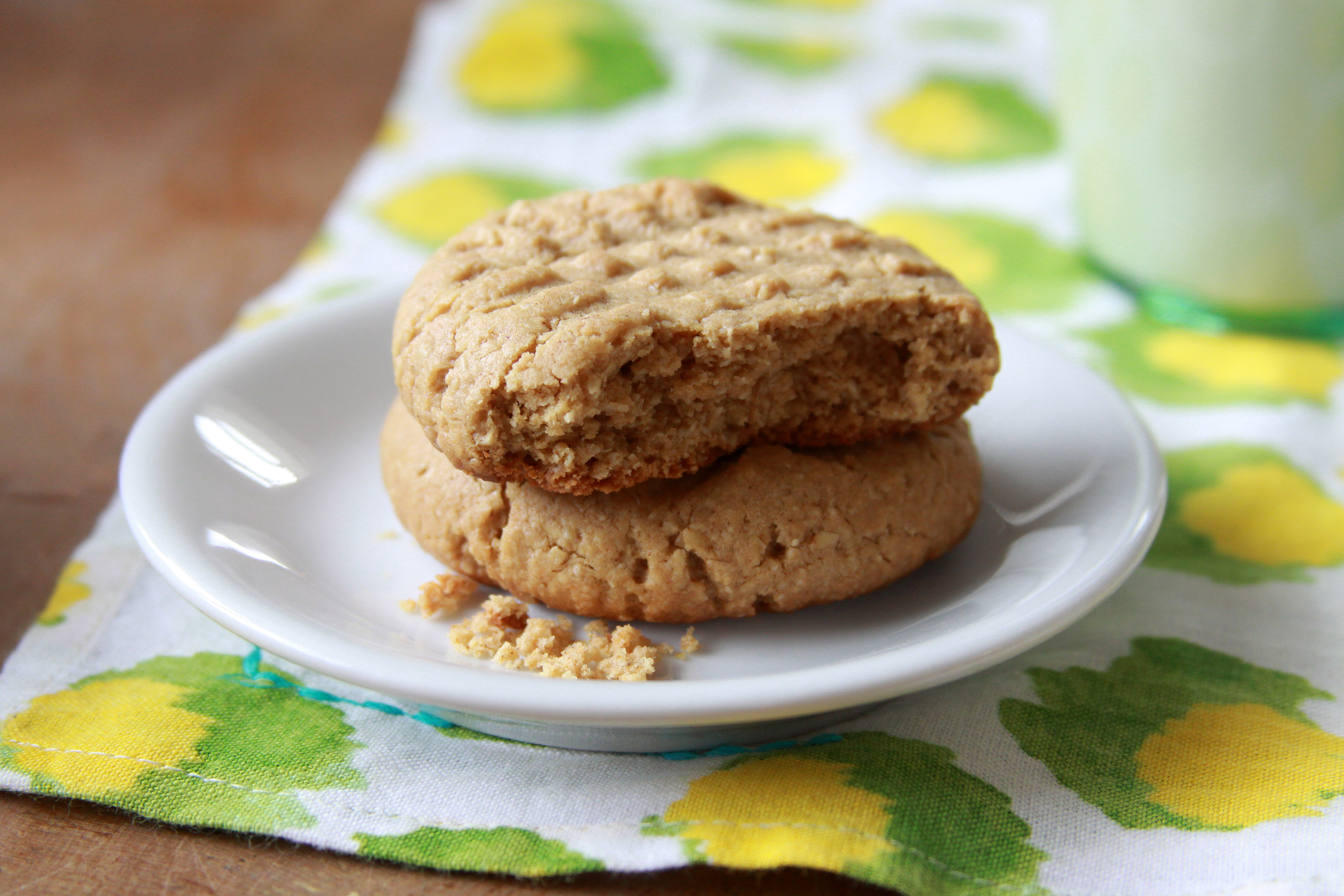 Healthier Peanut Butter & Banana Cookies | Espresso and Cream