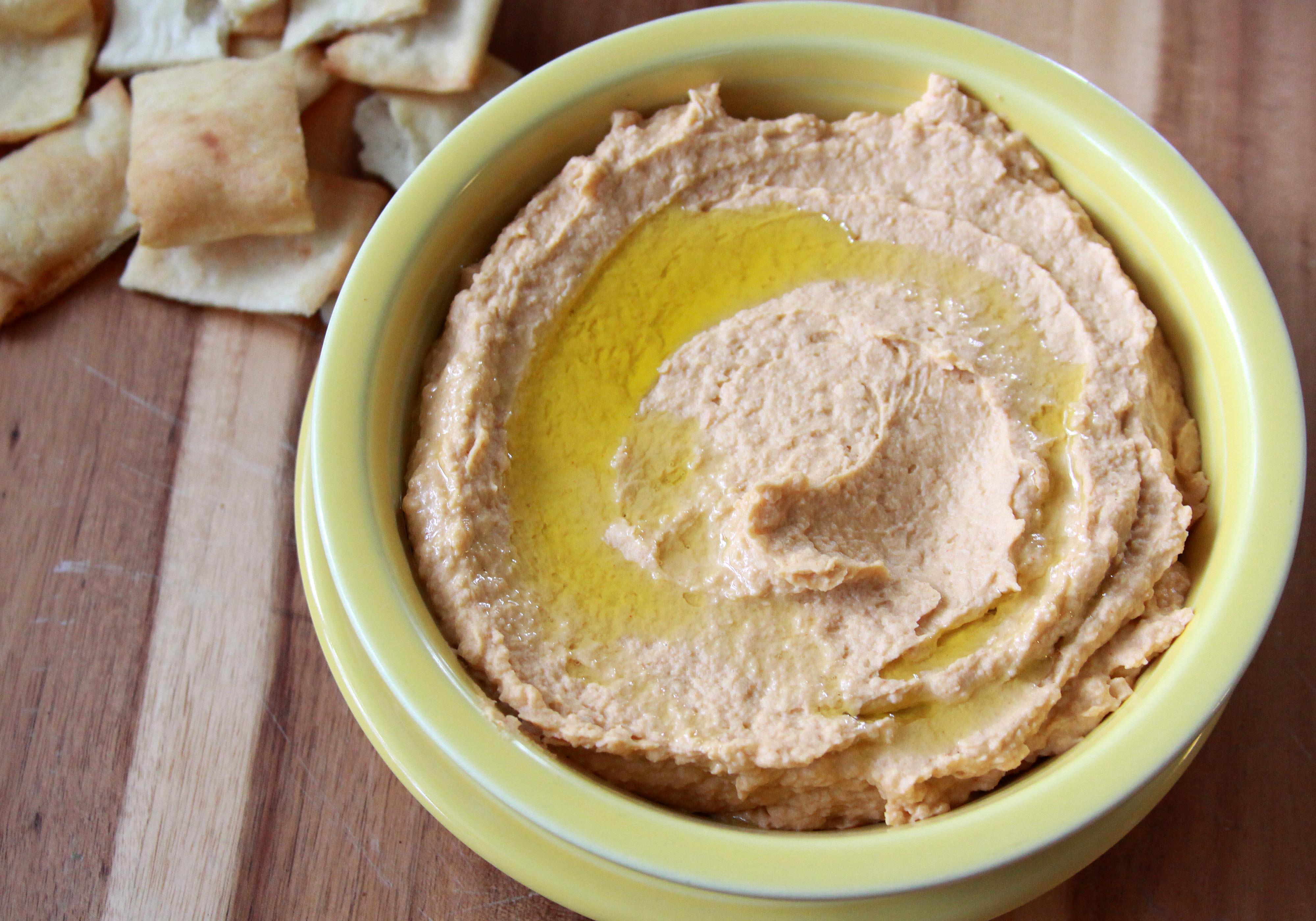 Making Hummus at Home - Espresso and CreamEspresso and Cream