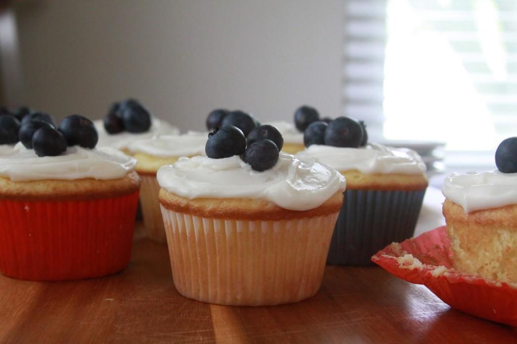Sour Cream Cupcakes 1 | Espresso and Cream
