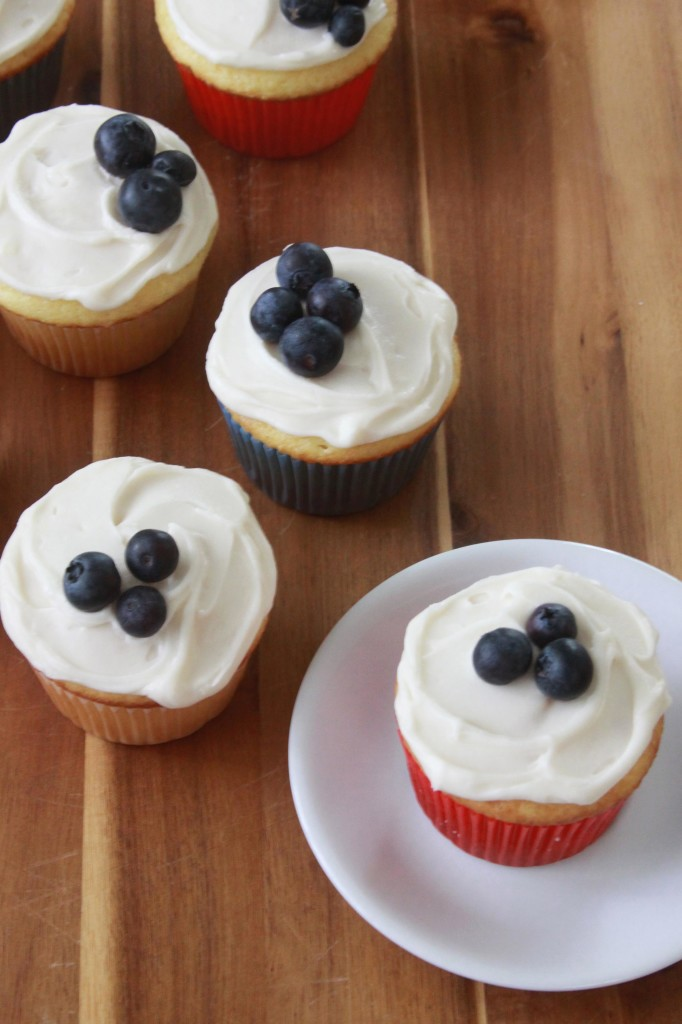 Sour Cream Cupcakes 2 | Espresso and Cream