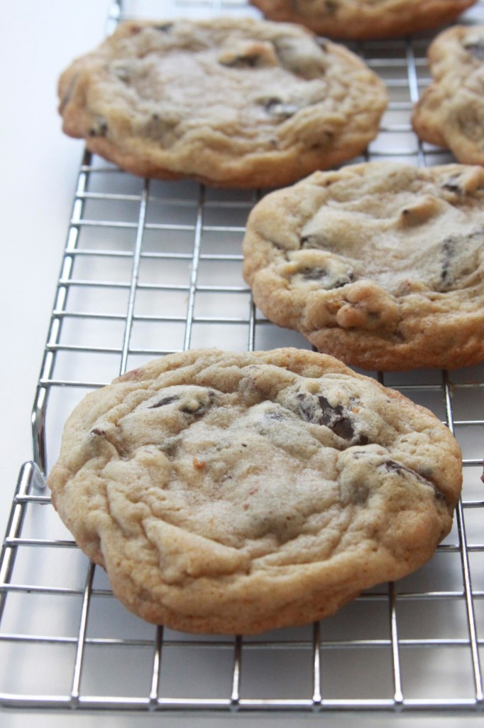Ultimate Bakery-Style Chocolate Chip Cookies (1) | Espresso and Cream
