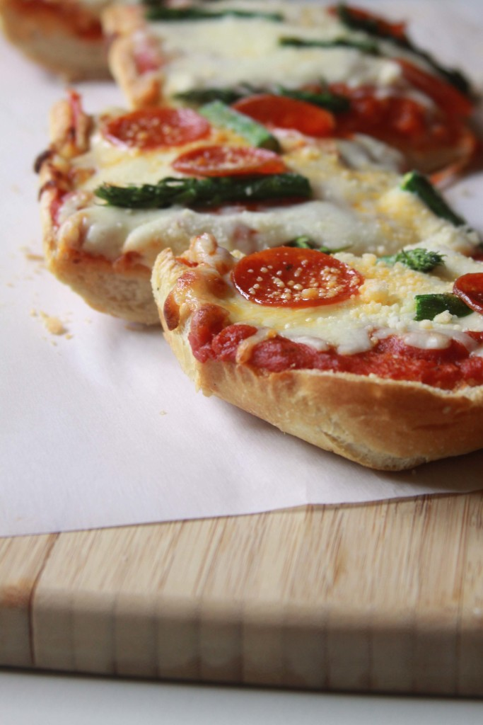 FrenchBreadPizza_2